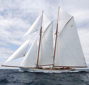 sailboat 420 x 400