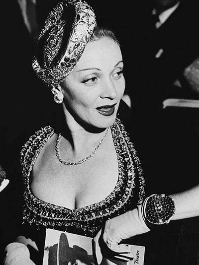 UNITED STATES - APRIL 01: Usa. Baltimore, Marlene Dietrich At The Opening Performance Of Maurice Chevalier S One Man Show. April 1St 1948 (Photo by Keystone-France/Gamma-Keystone via Getty Images)