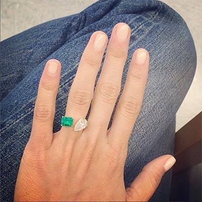 Maria Dueñas Jacobs wearing her diamond and emerald Jemma Wynne