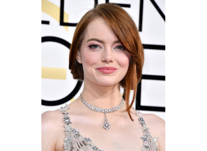 BEVERLY HILLS, CA - JANUARY 08: Actress Emma Stone attends the 74th Annual Golden Globe Awards at The Beverly Hilton Hotel on January 8, 2017 in Beverly Hills, California. (Photo by Steve Granitz/WireImage)