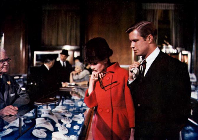 Audrey Hepburn and George Peppard shopping at Tiffany in 'Breakfast at Tiffany's.' Photo via