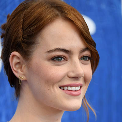 The Adventurine Posts Starry Starry Bright Earrings Shine on Emma Stone