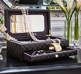 The Adventurine Posts Chanel Fine Jewelry Pop Up Shop