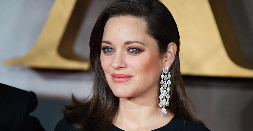 The Adventurine Posts Marion Cotillard's Earring at 'Allied' Premiere
