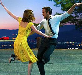 The AdventurinePostsEmma Stone's $55 Pendant in 'La La Land'