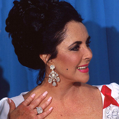 The Adventurine Posts Elizabeth Taylor's Most Important Oscar Jewel