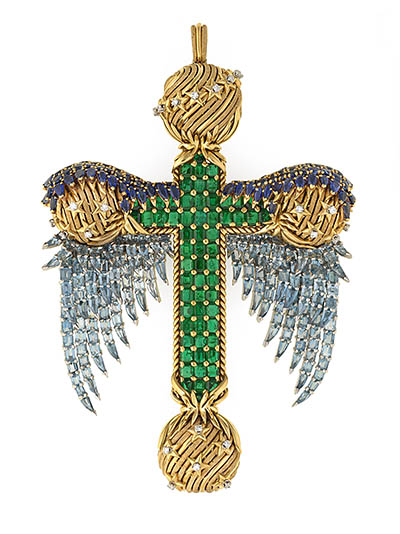 Bunny Mellon's Pectoral Cross set with emeralds, sapphires, aquamarines, diamonds in 18K gold was designed by Schlumberger in 1960 Photo courtesy of The Virginia Museum of Fine Arts