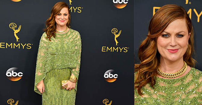 LOS ANGELES, CA - SEPTEMBER 18: Actress Amy Poehler attends the 68th Annual Primetime Emmy Awards at Microsoft Theater on September 18, 2016 in Los Angeles, California. (Photo by Steve Granitz/WireImage)