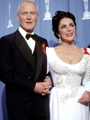 Paul Newman and Elizabeth Taylor during 64th Annual Academy Awards at Dorothy Chandler Pavilion in Los Angeles, California, United States. (Photo by Jim Smeal/WireImage)