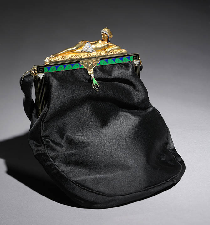 Purse, c. 1920ñ30. Van Cleef & Arpels (French, Paris, est. 1896). Gold, enamel, diamonds, sapphires, silk, cotton; 21.2 x 16 x 2.5 cm. The Cleveland Museum of Art, Gift of Mr. and Mrs. Lee Lyon, 2009.378.