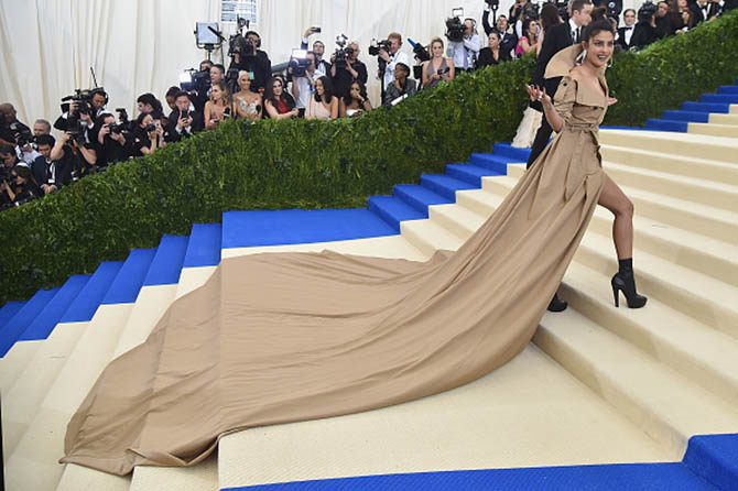 A view of Priyanka Chopra's dramatic Ralph Lauren gown and Jennifer Fisher earrings at the 2017 MET Gala Photo Getty