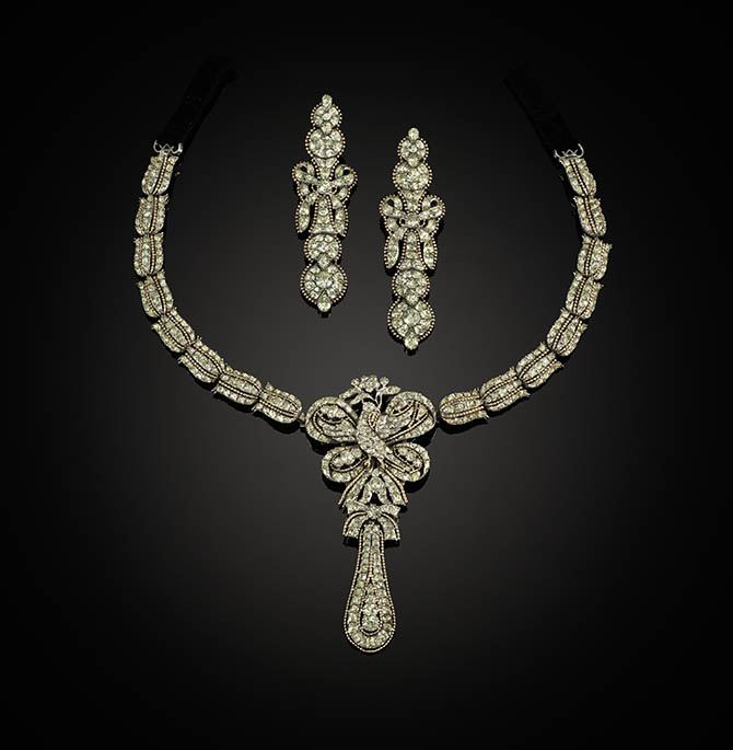 chrysolite pendant necklace and earrings set, Potuguese c.1780,