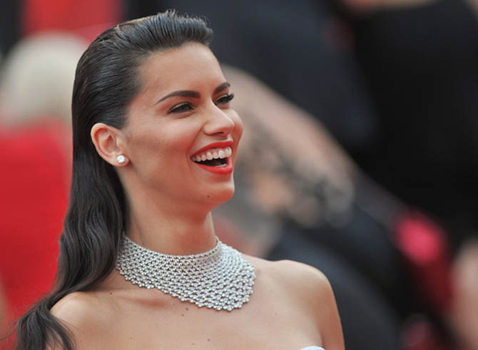 "CANNES, FRANCE - MAY 18: Model Adriana Lima attends the ""Loveless (Nelyubov)"" premiere during the 70th annual Cannes Film Festival at Palais des Festivals on May 18, 2017 in Cannes, France. (Photo by Stephane Cardinale - Corbis/Corbis via Getty Images)"