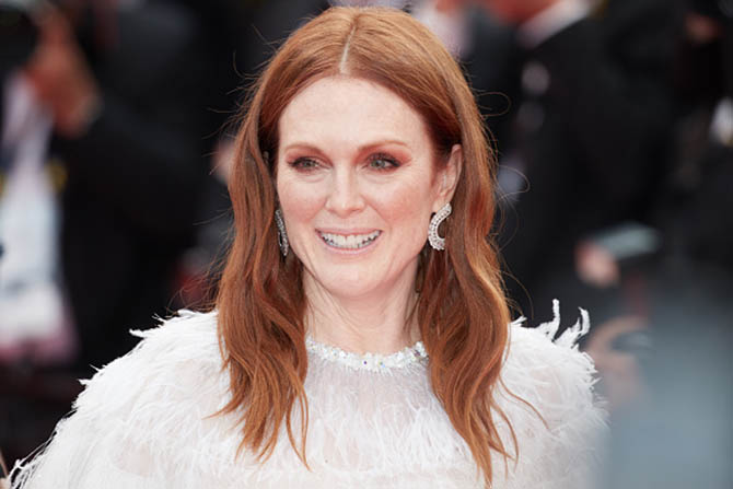 CANNES, FRANCE - MAY 18: Actress Julianne Moore attends the 'Wonderstruck' screening during the 70th annual Cannes Film Festival at Palais des Festivals on May 18, 2017 in Cannes, France.. (Photo by Oleg Nikishin/Epsilon/Getty Images)