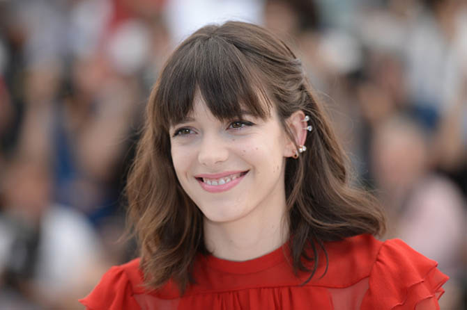 """CANNES, FRANCE - MAY 21: Actress Stacy Martin in Repossi attends the """"Redoubtable (Le Redoutable)"""" photocall during the 70th annual Cannes Film Festival at Palais des Festivals on May 21, 2017 in Cannes, France. (Photo by Stephane Cardinale - Corbis/Corbis via Getty Images)"""
