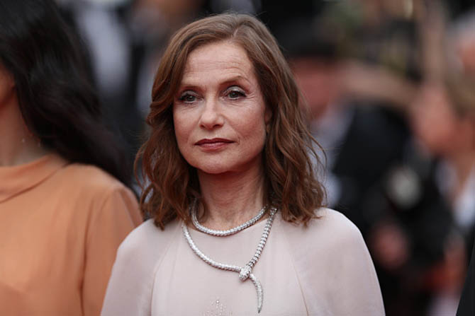 CANNES, FRANCE - MAY 21: Actress Isabelle Huppert attends 'The Meyerowitz Stories' screening during the 70th annual Cannes Film Festival at Palais des Festivals on May 21, 2017 in Cannes, France. (Photo by Neilson Barnard/Getty Images)