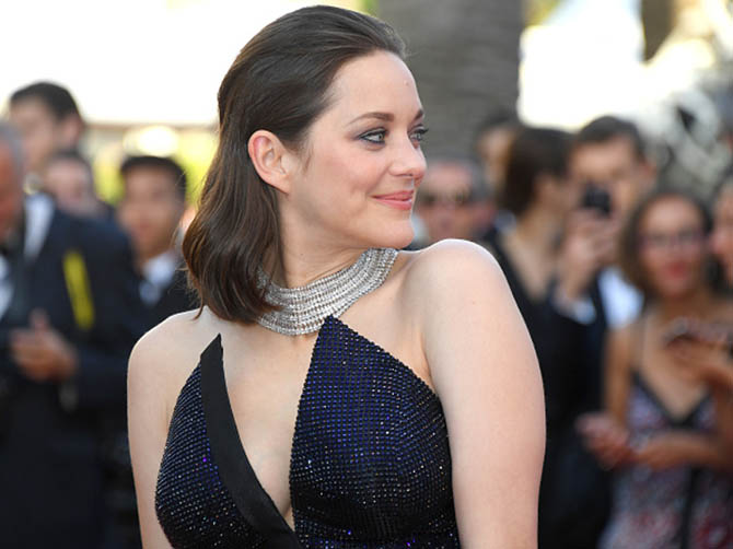 CANNES, FRANCE - MAY 23: Marion Cotillard attends the 70th Anniversary screening during the 70th annual Cannes Film Festival at Palais des Festivals on May 23, 2017 in Cannes, France. (Photo by Dominique Charriau/WireImage)