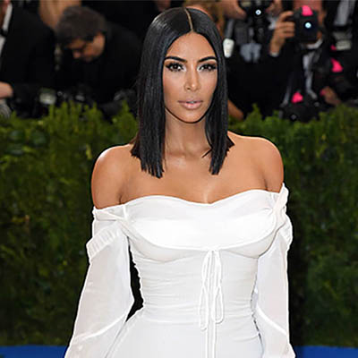The Adventurine Posts Kim Kardashian Buys Jackie Kennedy's Tank Watch