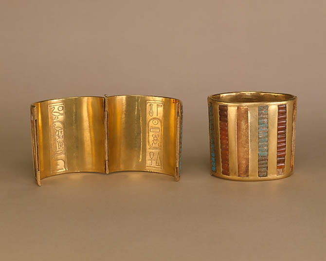 Hinged gold cuff bracelets from the New Kingdom set with carnelian, turquoise, glass. Photo The Metropolitan Museum of Art, Fletcher Fund