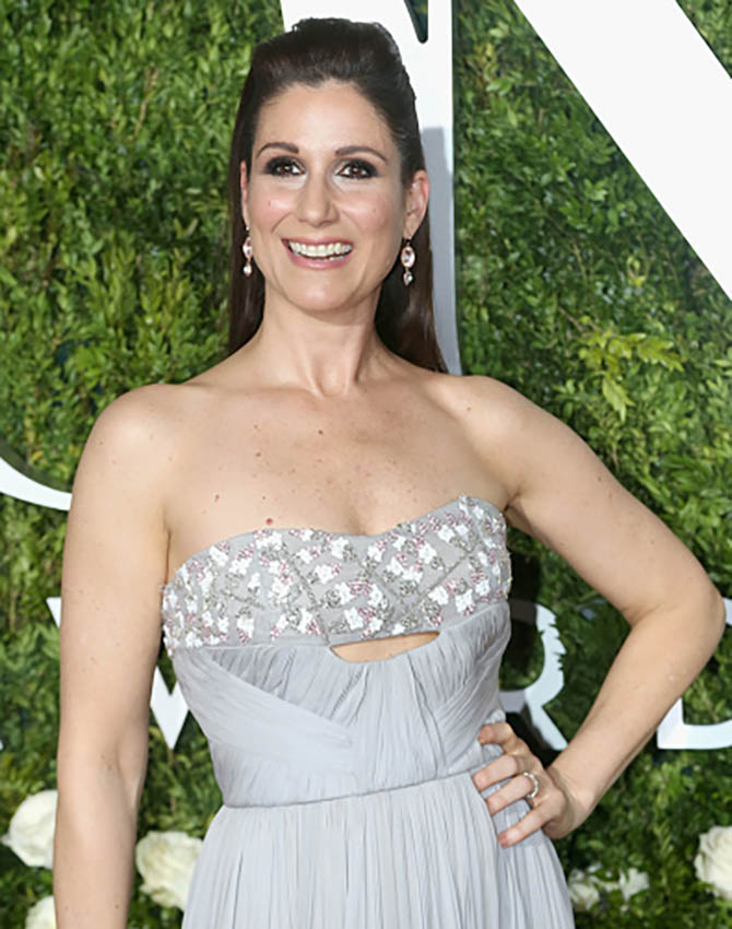 NEW YORK, NY - JUNE 11: Stephanie J. Block in pendant earrings by Larkspur & Hawk at the 2017 Tony Awards at Radio City Music Hall on June 11, 2017 in New York City. (Photo by Bruce Glikas/FilmMagic)