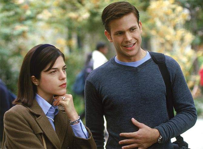 "Matthew Davis as Warner and Selma Blair as Vivian Kensington wearing the 6-carat Harry Winston engagement ring in 'Legally Blonde."" Photo MGM"