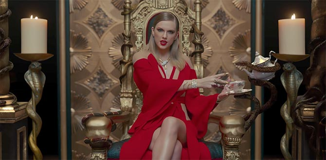 "Taylor Swift wearing Bulgari and other snake jewels in her video ""Look What You Made Me Do"""