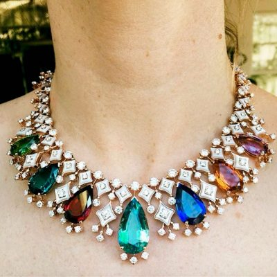 The Adventurine Posts Stylists to Follow on Instagram for Jewelry