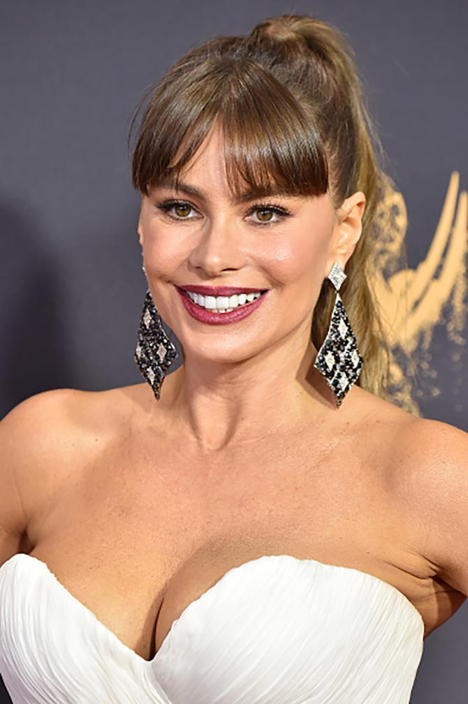 Sofia Vergara in earrings by Lorraine Schwartz