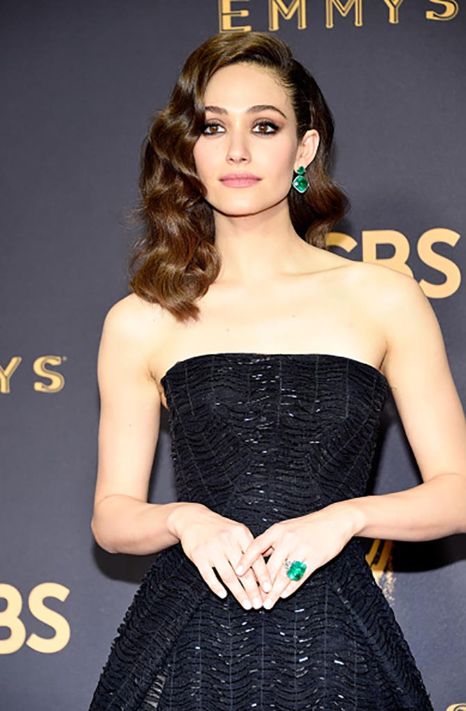Emmy Rossum in emerald jewelry by Lorraine Schwartz