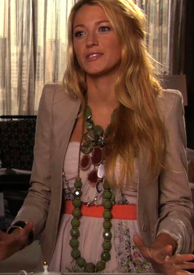 Blake Lively layered two bold green turquoise Stephen Dweck necklaces—a bib and facetted beads—in one episode of 'Gossip Girl.'