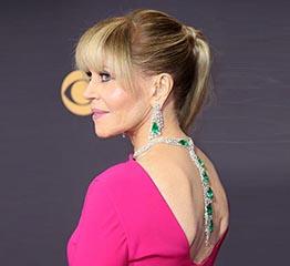 The AdventurinePostsJane Fonda's $2.5 Million Emmy Awards Jewelry