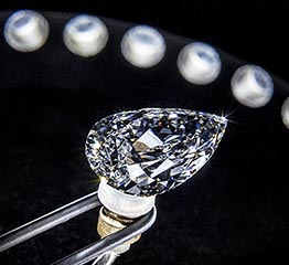 The Adventurine Posts What Is A Diamond?