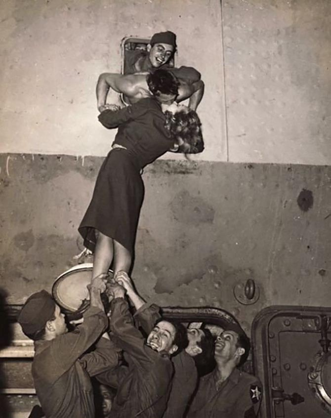 Marlene Dietrich kissing a solider arriving in New York Harbor in 1945. Photo Irving Haberman/IH Images/Monroe Gallery of Photography, Santa Fe, NM