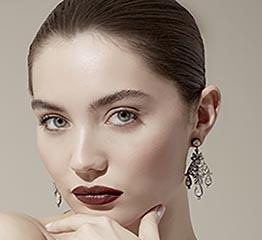 The AdventurinePostsShop Stellene Volandes' Holiday Jewelry Edit