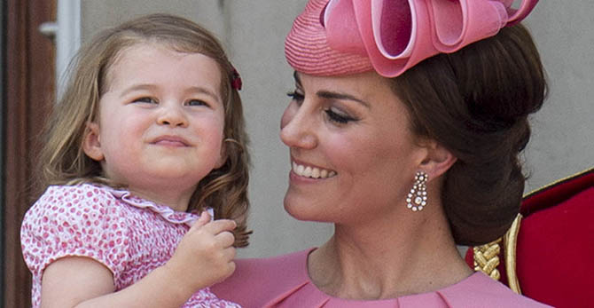 Princess Charlotte and Catherine, Duchess of Cambridge wearing antique earrings borrowed from the Queen for the 2017 Trooping of the Colors Photo Mark Cuthbert/Getty