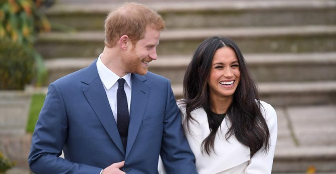 Prince Harry and Meghan Markle officially announce their engagement to the press at Kensington Palace on November 27, 2017 in London, England. Photo by Karwai Tang/WireImage