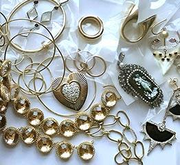 The AdventurinePostsHow to Get Your Jewelry Organized Now