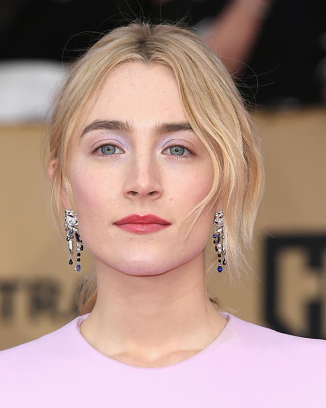 Saoirse Ronan in Cartier earrings at the 24th Annual Screen Actors Guild Awards.