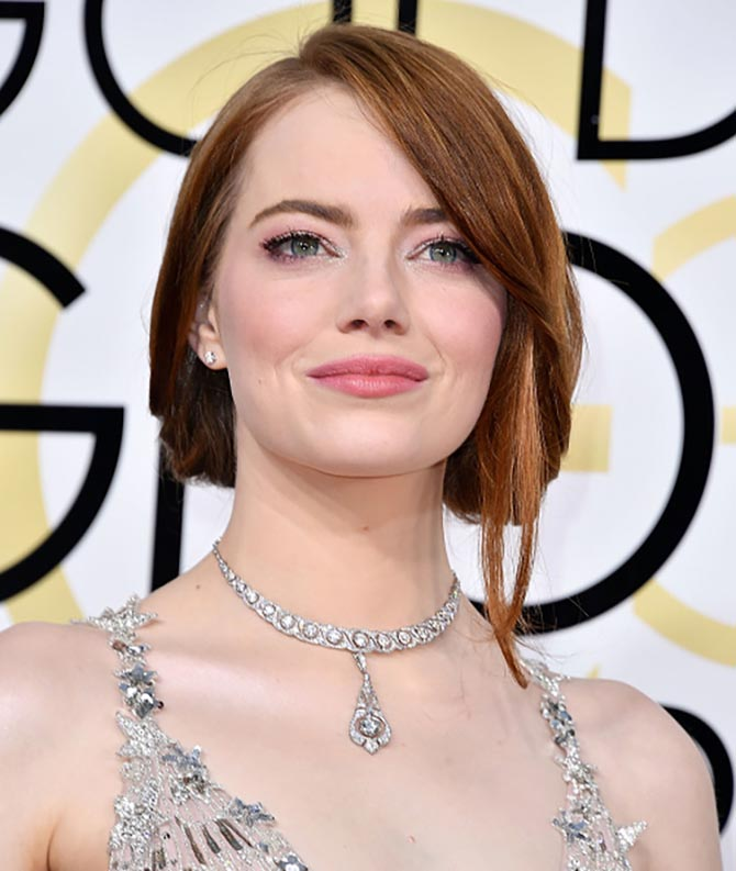 Emma Stone in a vintage Tiffany necklace at the 2017 Golden Globe Awards. Photo by Steve Granitz/WireImage