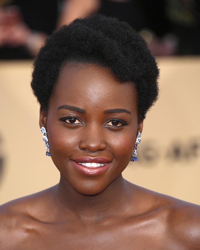 Lupita Nyong'o in Niwaka earrings at the 24th Annual Screen Actors Guild Awards.