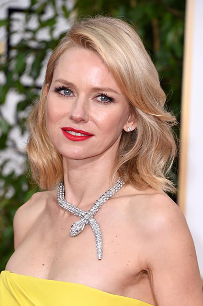 Naomi Watts in a Bulgari diamond Serpenti necklace at the 2015 Annual Golden Globe Awards. Photo by Steve Granitz/WireImage