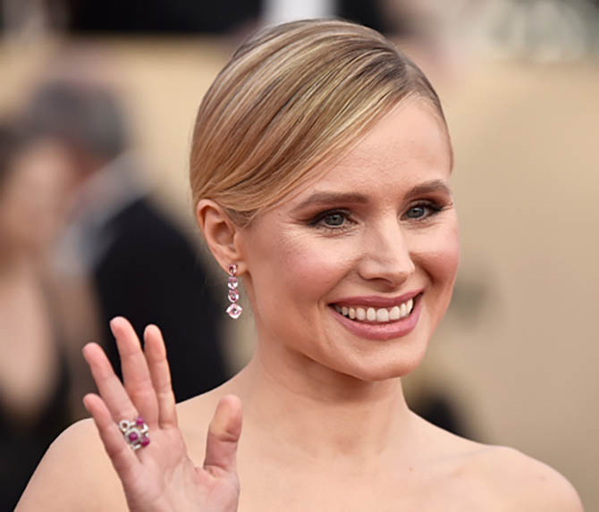 Kristen Bell in Lorraine Schwartz earrings at the 24th Annual Screen Actors†Guild Awards