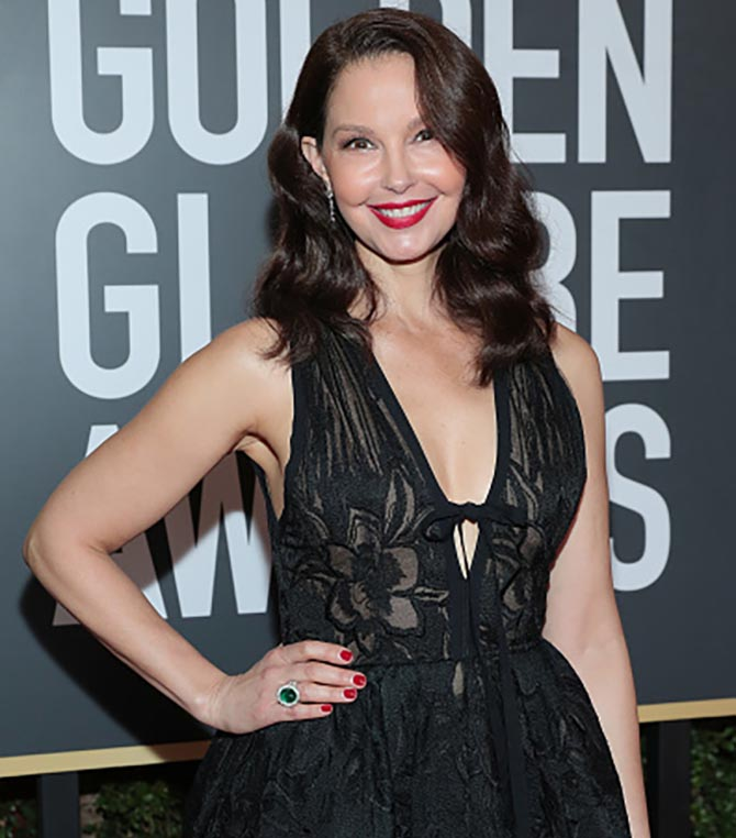 BEVERLY HILLS, CA - JANUARY 07: 75th ANNUAL GOLDEN GLOBE AWARDS -- Pictured: Actor Ashley Judd arrives to the 75th Annual Golden Globe Awards held at the Beverly Hilton Hotel on January 7, 2018. (Photo by Neilson Barnard/NBCUniversal/NBCU Photo Bank via Getty Images)