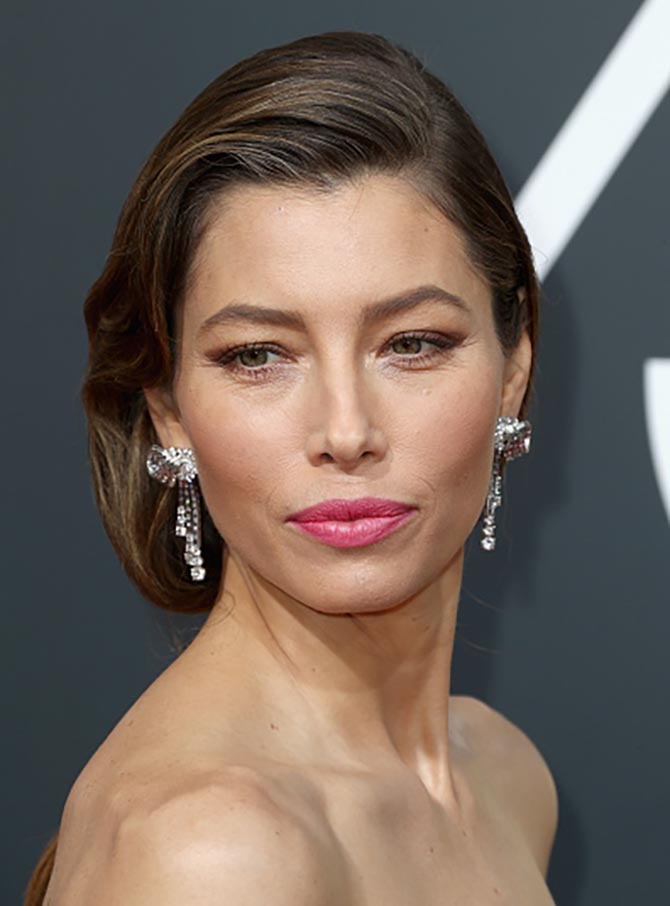 Jessica Biel in vintage Bulgari attends The 75th Annual Golden Globe Awards at The Beverly Hilton Hotel on January 7, 2018 in Beverly Hills, California. (Photo by Frederick M. Brown/Getty Images)