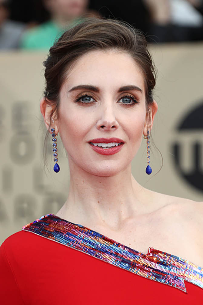 Alison Brie in Irene Neuwirth earrings and a Peter Dundas dress at the 24th Annual Screen Actors Guild Awards.