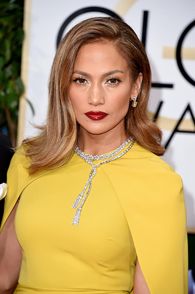 Jennifer Lopez in Harry Winston jewels at the 2016 Golden Globe Awards. Photo by Steve Granitz/WireImage