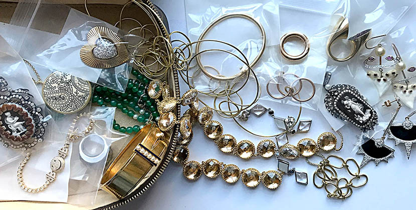 The Adventurine Posts How to Get Your Jewelry Organized Now