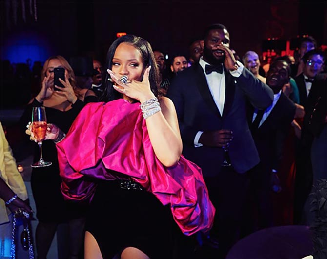 Rihanna in over a million dollars in jewelry at her 30th birthday
