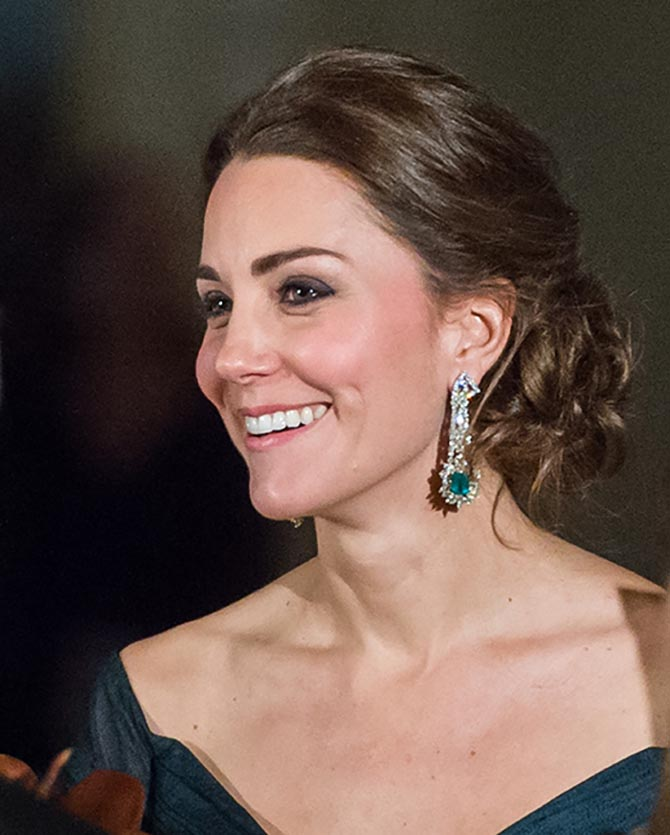 Kate Middleton wearing her emerald and diamond earrings in New York in 2014. Photo Getty