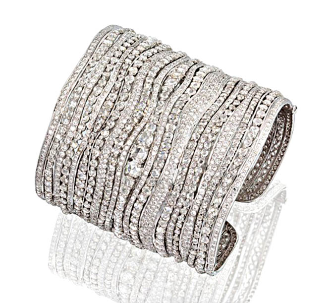 Etho Maria diamond bracelet worn by Rihanna at her 30th birthday